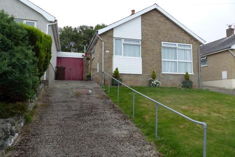 3 bedroom bungalow for sale - 70 Llwyn Ynn, Talybont, LL43 2AG