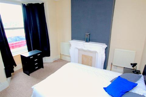 4 bedroom house share to rent - Yeomans Road, Sheffield, S6 3JD