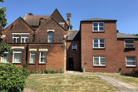 Studio for sale - Crescent Road, Chingford