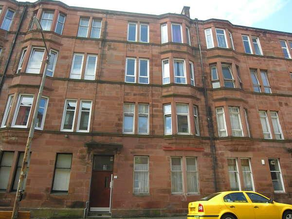 2 Bedrooms Flat for sale in 2/1, 114 Bowman Street, Glasgow, G42 8LG