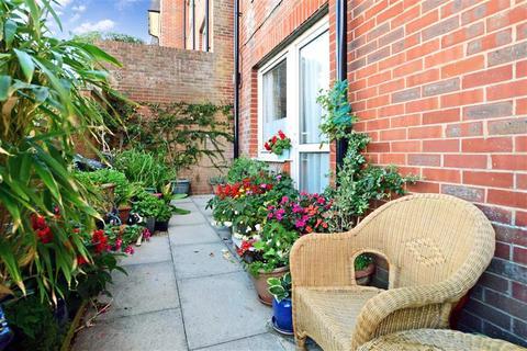 1 bedroom flat for sale - Longridge Avenue, Saltdean, Brighton, East Sussex