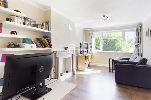 1 bedroom flat to rent - Cornford Grove, Balham, London, SW12