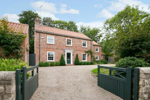 4 bedroom detached house for sale - East Lodge, Main Street, York, North Yorkshire