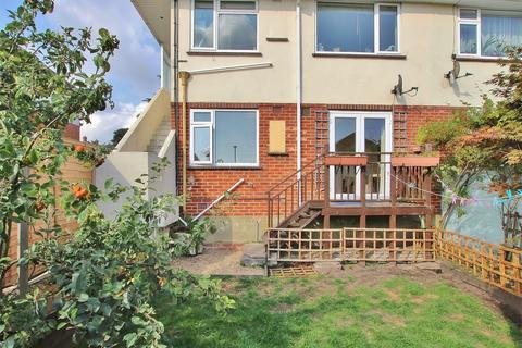 2 bedroom flat for sale - Wharfdale Road, Parkstone, POOLE, Dorset