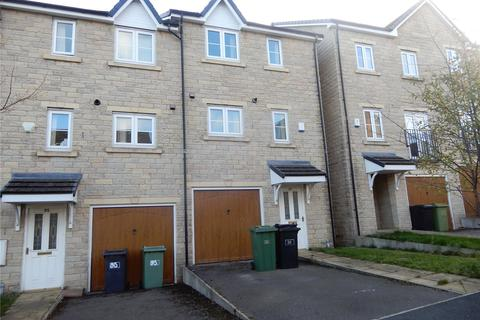 3 bedroom terraced house to rent - Clare Hill View, Huddersfield, HD1