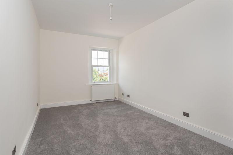 Violet Bank, Bedroom