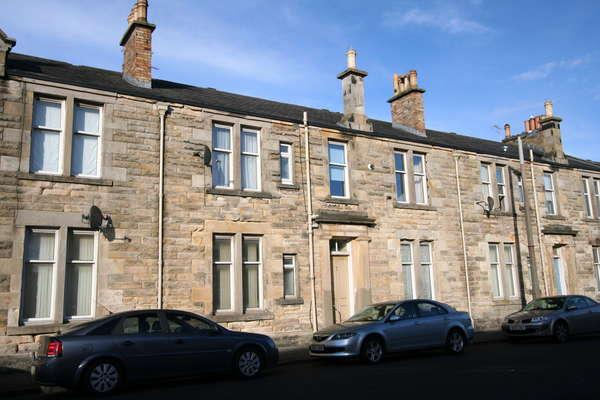 2 Bedrooms Flat for sale in 44D Templehill, Troon, KA10 6BE