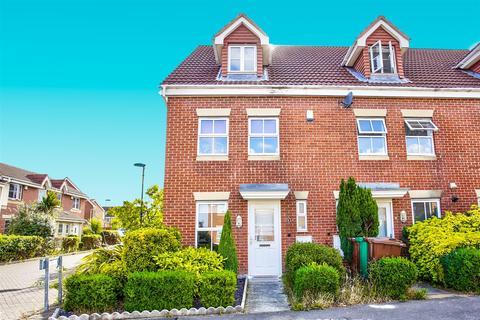3 bedroom semi-detached house for sale - Page Avenue, Nottingham