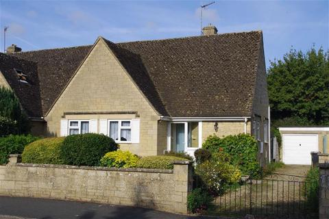 3 bedroom semi-detached bungalow for sale - Roman Way, Bourton-on-the-Water, Gloucestershire