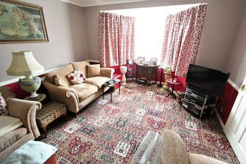 3 bedroom semi-detached house for sale - Bramley Crescent, Sholing