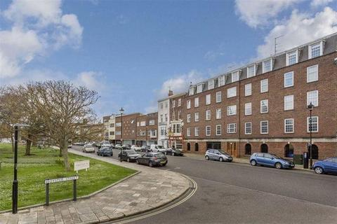 1 bedroom flat to rent - Fountain Court, Old Portsmouth
