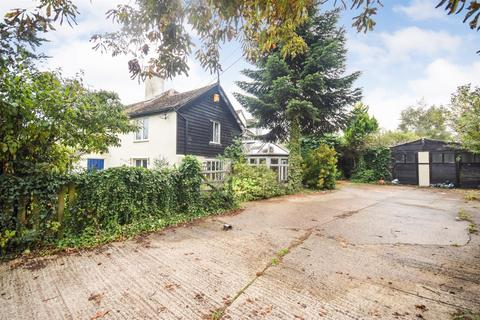 4 bedroom cottage for sale - Grove Road, Tiptree