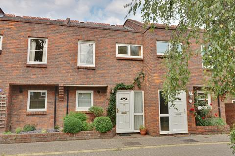 3 bedroom terraced house for sale - Halfpenny Lane, Old Portsmouth