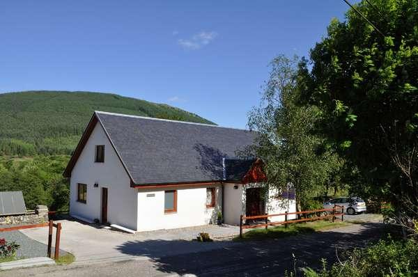 5 Bedrooms Detached House for sale in Fearann Ruadh, School Road, Strachur, Cairndow, PA27 8DH