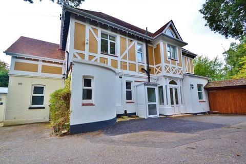 4 bedroom flat for sale - Meyrick Park