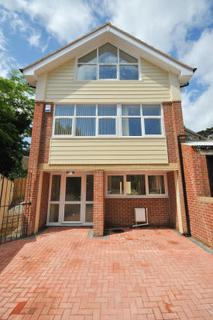 2 bedroom detached house to rent - Trinity Road