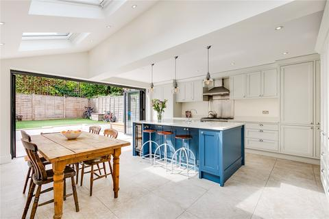 5 bedroom terraced house for sale - Dempster Road, Tonsleys, Wandsworth, London, SW18