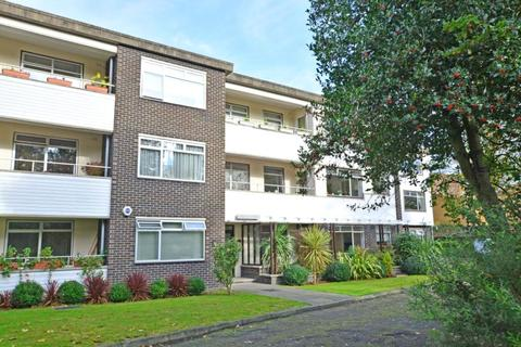 1 bedroom flat for sale - Bernersmede, 61 Blackheath Park, Blackheath, London, SE3