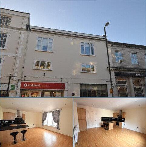 2 bedroom apartment to rent - Fore Street, Tiverton, Devon, EX16