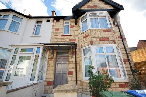 4 Bedroom End Of Terrace House To Rent Rosebank Avenue Wembley Middle