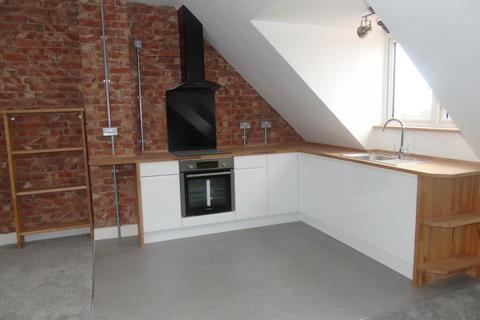3 bedroom flat to rent - Old Shoreham Road , ,