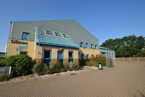 Warehouse to rent - Wycke Hill Business Park, Maldon, Essex