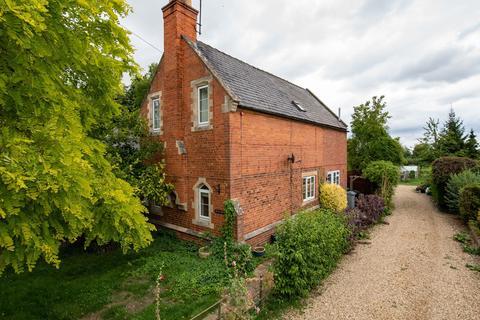 3 bedroom cottage for sale - Fen Road, Dunsby, PE10
