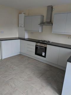 2 bedroom semi-detached house to rent - Torrington Drive, Liverpool
