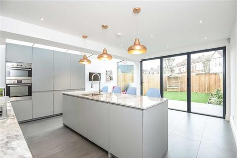 4 bedroom semi-detached house for sale - Ivy Road, Cricklewood, London, NW2