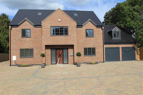 7 bedroom detached house for sale - Uppingham Road, Evington, Leicester