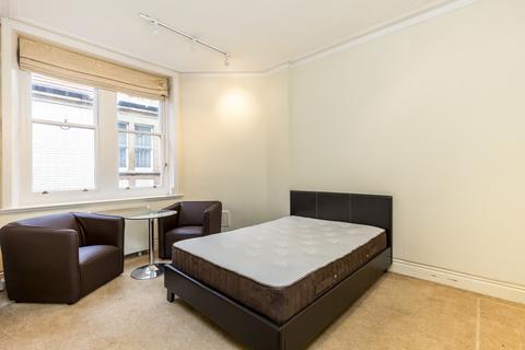 Studio to rent - Charing Cross Road, Covent Garden