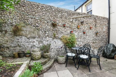 2 bedroom terraced house for sale - Holland Street, Brighton, East Sussex, BN2