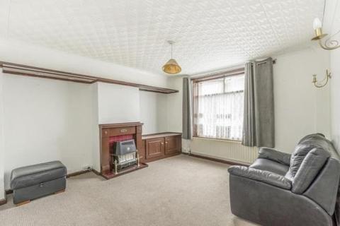 2 bedroom house to rent - Ivyhouse Road, Dagenham RM9