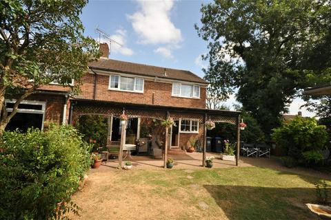 3 Bedroom Semi Detached House For Sale   Moorlands, WELWYN GARDEN CITY,  Hertfordshire