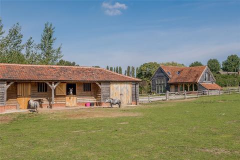4 bedroom barn conversion for sale - Epping Lane, Stapleford Tawney, Essex, RM4