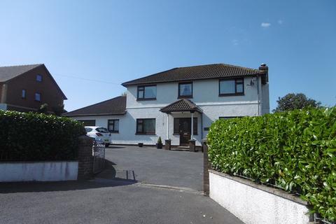 4 bedroom detached house for sale - Heol Y Maerdy , Ffairfach, Llandeilo, Carmarthenshire.