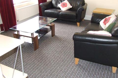 3 bedroom flat to rent - SWAYTHLING   BURGESS ROAD   FURNISHED