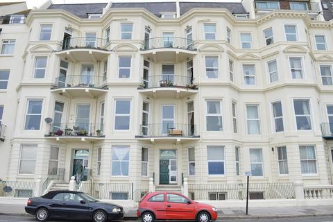 1 bedroom flat to rent - Eversfield Place, St Leonards on Sea, East Sussex, TN37 6DD