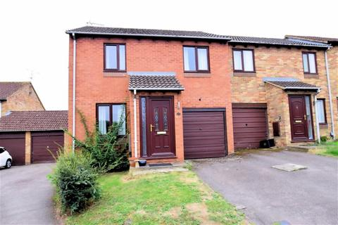 3 bedroom townhouse for sale - Gosforth Close, Lower Earley, Reading