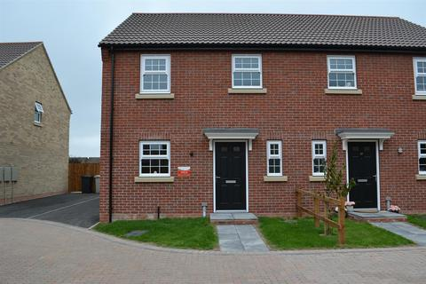 3 bedroom semi-detached house to rent - Chadwick Way, Coningsby, Coningsby
