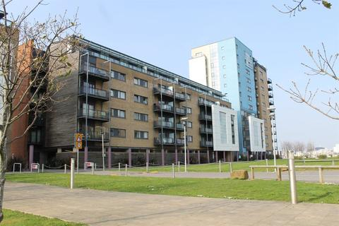 2 bedroom flat to rent - Kilcredaun House, Prospect Place, Cardiff Bay