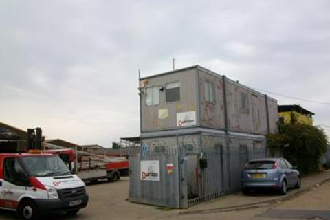 Industrial unit to rent - Charfleets Close, Canvey Island , Essex