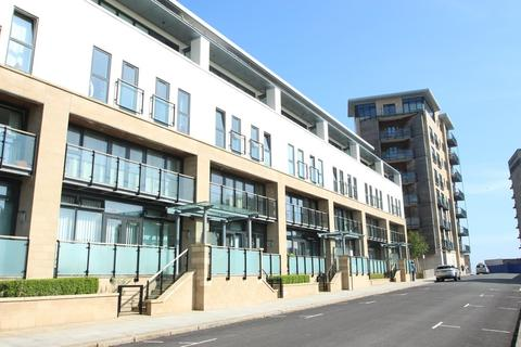 2 bedroom apartment to rent - Grand Hotel Road, The Hoe, Plymouth