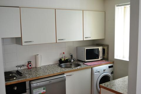 2 bedroom apartment to rent - Royal Quay
