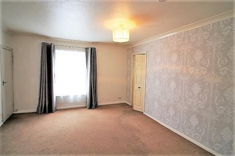 2 bedroom flat to rent - 4, 8 Wardrew Road