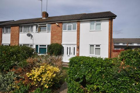 5 bedroom semi-detached house for sale - Kingfisher Drive, Woodley, Reading, RG5 3LQ
