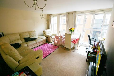 2 bedroom flat for sale - Lower Canal Walk, Southampton, SO14 3HL