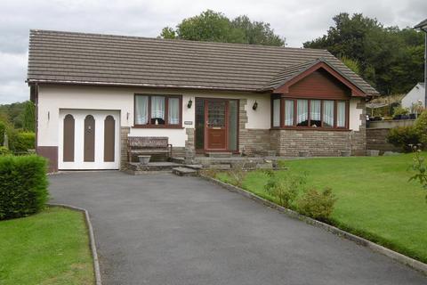 3 bedroom detached bungalow for sale - Heol Y Maerdy , Ffairfach, Llandeilo, Carmarthenshire.