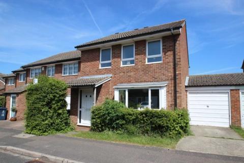 4 bedroom house to rent - Nicholson Road, Marston