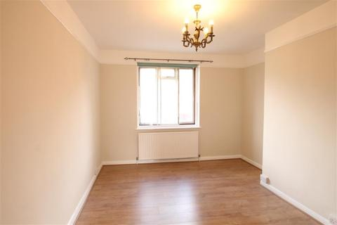 2 bedroom flat to rent - London